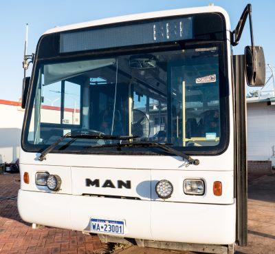 exmouth-tour-bus
